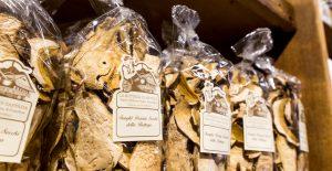 la-bottega-di-sappada-dolomiti-prodotti-tipici-dolomit-speck-ricotta-salame-formaggi-7-300x155