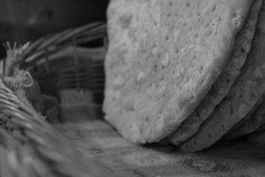 la-bottega-di-sappada-dolomiti-prodotti-tipici-dolomit-speck-salame-formaggi-14-300x200